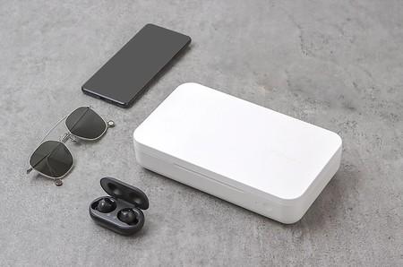Así es el nuevo cargador inalámbrico de Samsung que también esteriliza el teléfono con rayos UV, aunque solo se vende en Tailandia