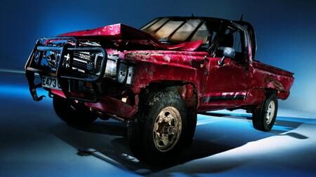 Hazanas Toyota Hilux La Indestructible