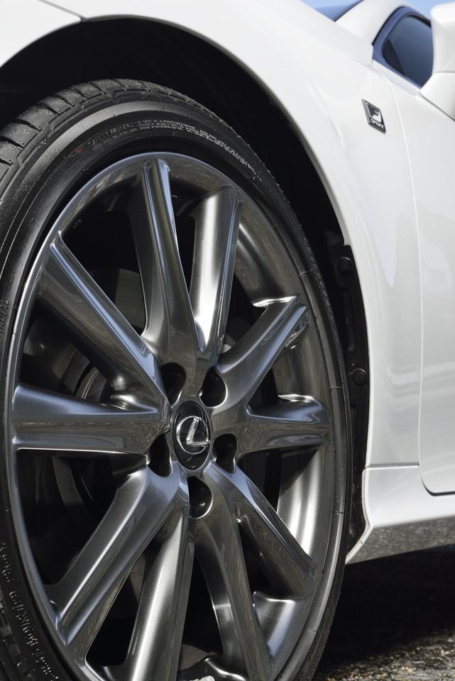 Foto de Lexus GS 300h (49/153)