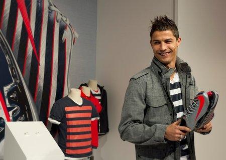Cristiano Ronaldo: ¿Qué quiero un Lamborghini? Pues espera que me lo regalo