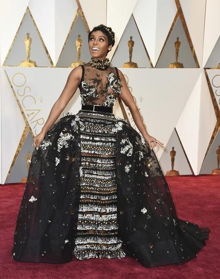 Janelle Monae Eliesaab Oscars2017