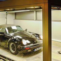 Querrás este garaje para ver tu Porsche 911 Speedster desde el sofá