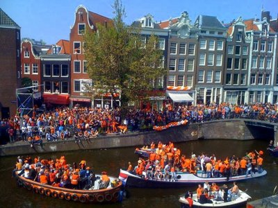 Siete maneras de celebrar el Día del Rey como un holandés más