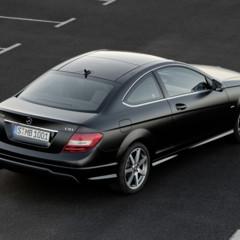Foto 10 de 41 de la galería mercedes-benz-clase-c-coupe-2011 en Motorpasión