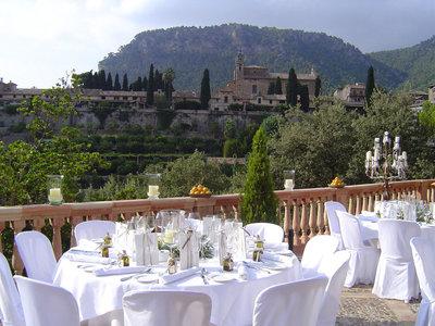 Ruta de 19 terrazas en España para disfrutar de una fabulosa comida de verano