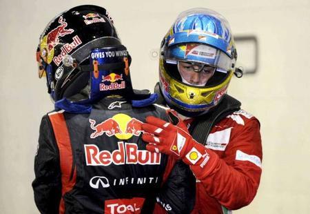 Fernando Alonso cree que a Sebastian Vettel le debería llegar la mala suerte