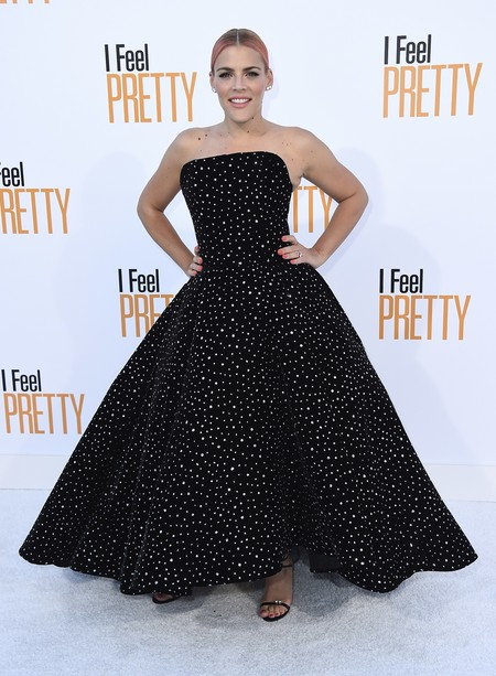 i feel pretty red carpet Busy Philipps