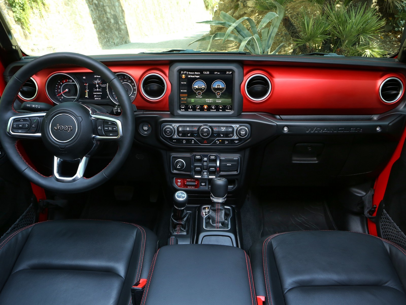 Foto de Jeep Wrangler interiores y detalles (16/16)