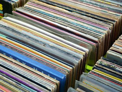 Descubre y escucha radios basadas en tus artistas favoritos, totalmente gratis