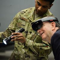 Nadella defiende el contrato de 479 millones de dólares de Microsoft con el ejército de EE.UU. pese a las críticas internas