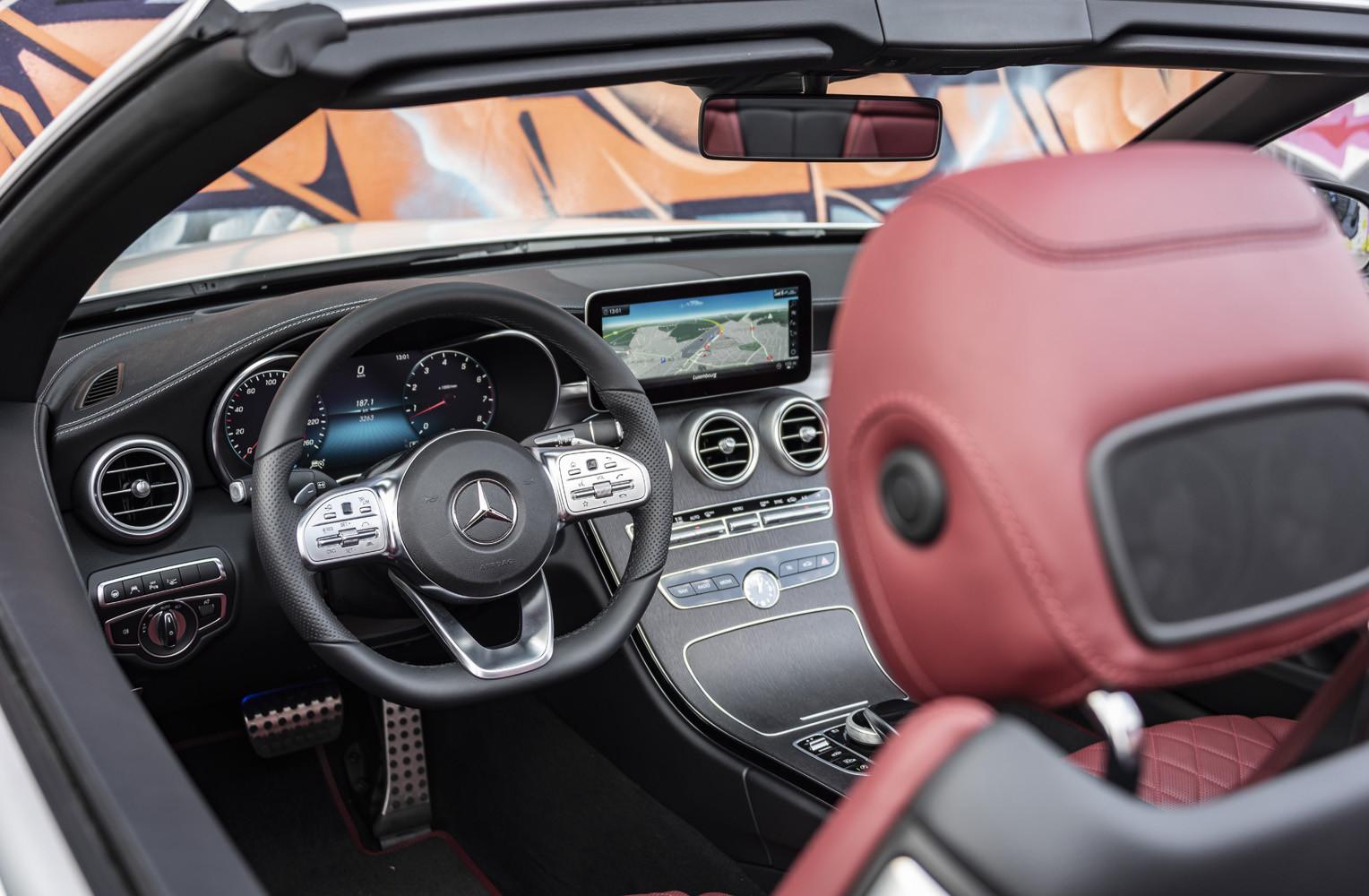 Foto de Mercedes-Benz Clase C 2018, toma de contacto (64/255)