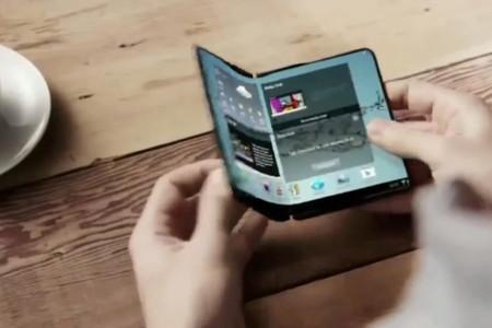 Samsung adelanta las pantallas plegables a 2018 para convencer de que seguirá creciendo
