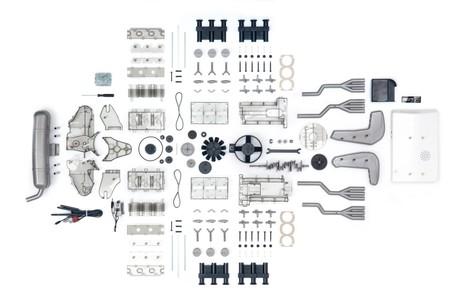 Este motor bóxer de Porsche a escala 1:4 busca amantes que lo monten (+vídeo)