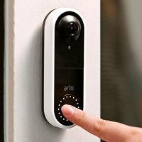El timbre Video Doorbell de Arlo se actualiza y ahora es compatible con Google Assistant
