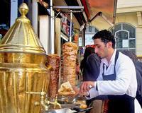 En Turquía... no dejes de probar döner kebab