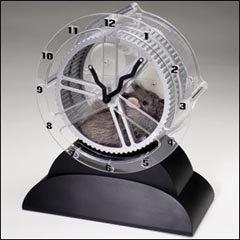 Rat Race Clock hace más amenas tus horas al ordenador