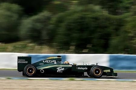f1_lotus-t127-rodando-en-jerez.jpg