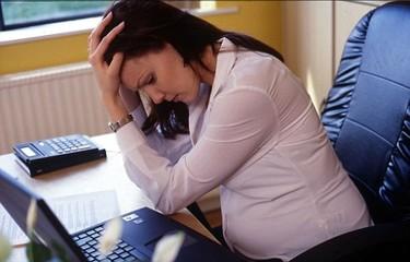 Un nuevo estudio relaciona el estrés de la madre y el bajo peso al nacer