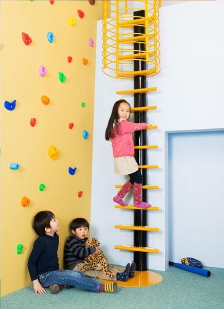 KidsLofty, escaleras seguras, divertidas y coloristas para la habitación de los niños