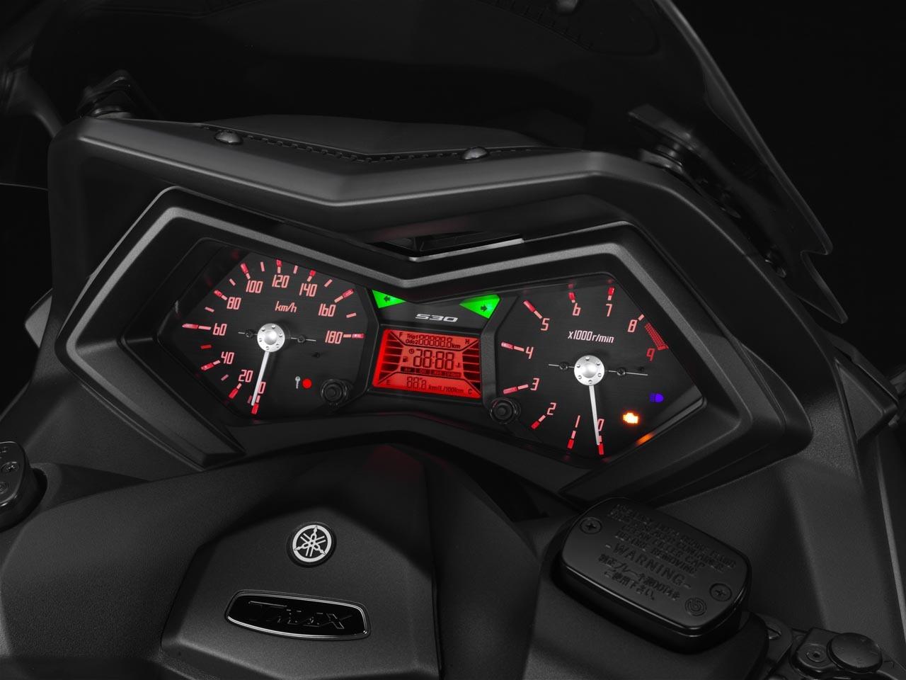 Foto de Yamaha T-Max 2012, detalles (8/32)