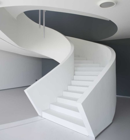 Espacios para trabajar: las espectaculares oficinas de Inox Fondi en Italia