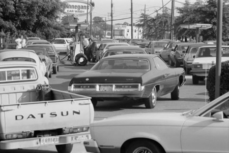 Cola de repostaje en 1973