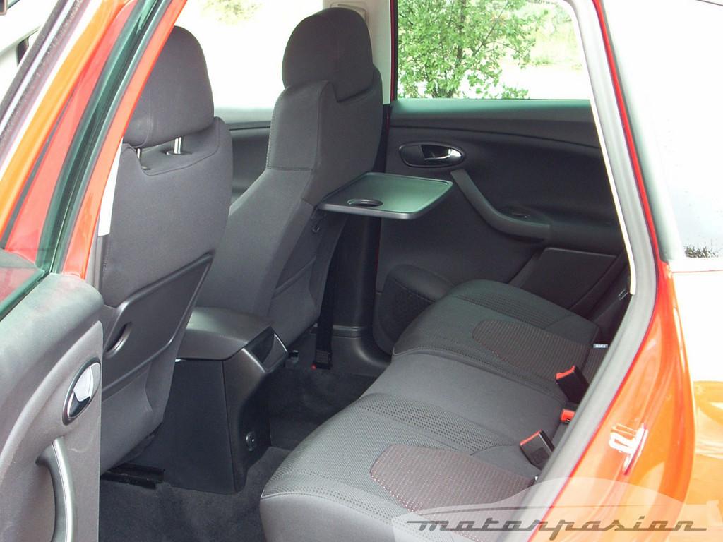 Foto de SEAT Altea XL contra Volkswagen Touran  (35/36)