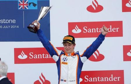 Johnny Cecotto Jr aseguró su continuidad en la GP2 Series