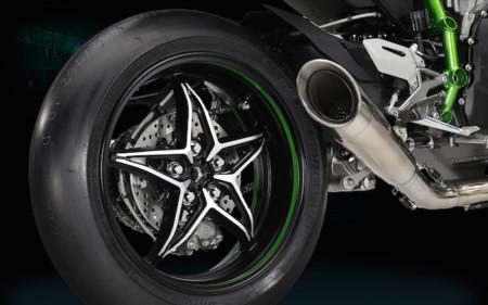 En Kawasaki usan la H2R como despertador para los mecánicos de James Hillier