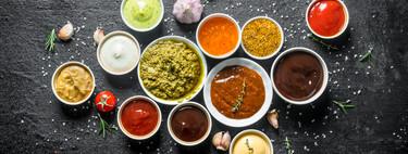 Toma pan y moja: siete recetas de salsas originales para no aburrirte y diez utensilios para prepararlas