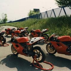 Foto 45 de 73 de la galería ducati-panigale-v4-25deg-anniversario-916 en Motorpasion Moto