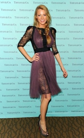 Blake Lively look Tiffany vestido