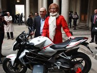 La MV Agusta Brutale se rinde a la moda de Milán