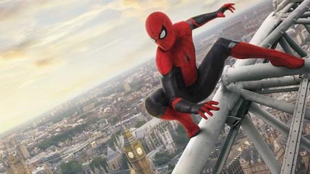 Resultado de imagen para spiderman lejos de casa}