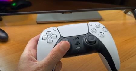 Aquí está el mando DualSense de PlayStation 5 al detalle gracias a una demostración en vídeo de Geoff Keighley