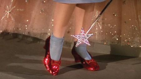 Les Chaussures De Dorothy Dans Le Magicien Oz Are Danger And The