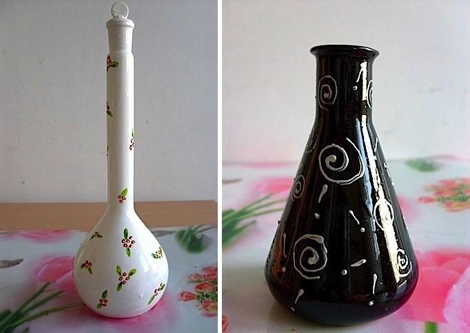 Recicladecoraci n recipientes de laboratorio decorados y for Jarrones de vidrio decorados