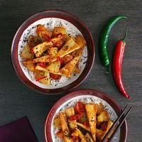 Nueve jugosas recetas con piña para el picoteo del finde