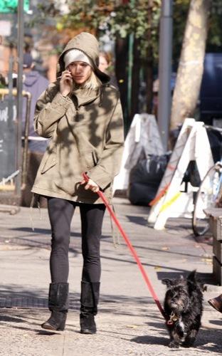 Foto de Sal a pasear al perro con estilo, copia a Sienna Miller (20/22)