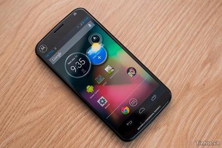 Rumor se filtra el nuevo Motorola Droid RAZR XT912A