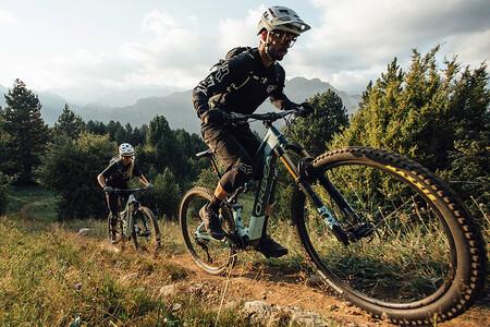 La Orbea Rise es una bicicleta eléctrica española para los más aventureros, con 8 horas de autonomía y desde 6.000 euros