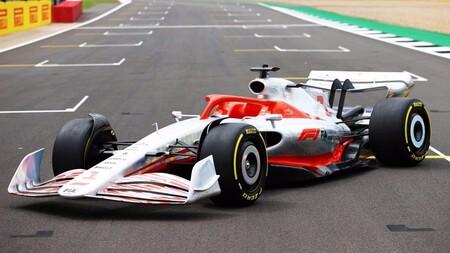 Cuando lo pides por AliExpress y cuando te llega: Qué pasó la última vez que la Fórmula 1 predijo cómo serían sus coches