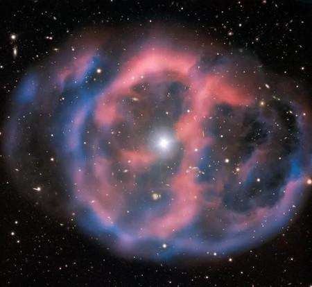 El suspiro de las estrellas antes de morir: así es la belleza esquiva de las fotografías de las nebulosas planetarias