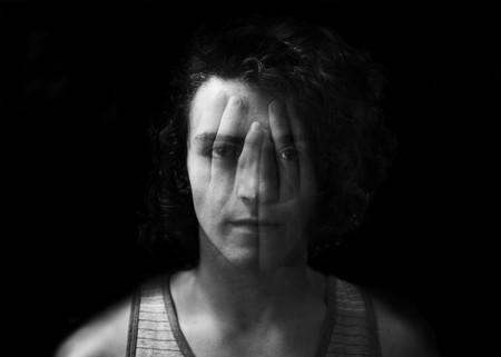 Morderse las uñas, apretar la mandíbula... los signos visibles de la ansiedad (y cómo luchar contra ellos)