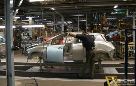 Fabricacion Nissan Leaf 650 07