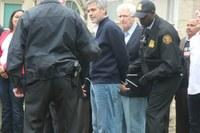 A George Clooney también lo detienen #freeGeorgeClooney
