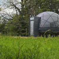 """Estas cúpulas modulares son casas """"DIY"""" de bajo coste para amantes de la naturaleza"""
