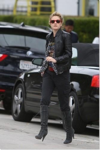 El estilo rocker de Drew Barrymore