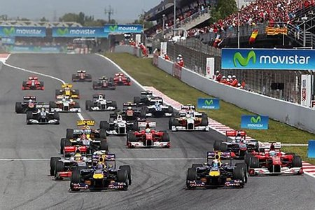 GP de España 2010. Mark Webber vencedor absoluto, Fernando Alonso segundo y Sebastian Vettel completa el podio