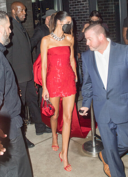 Kendall Jenner After Party Met 2021 Givenchy 02
